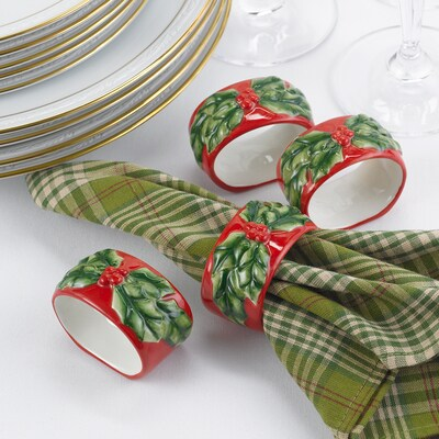 Holly Napkin Rings Set