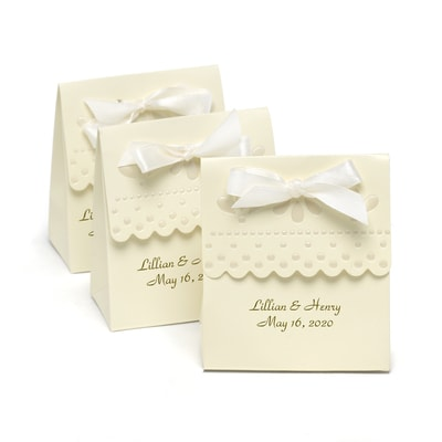 Scalloped Favor Box - Personalized - Ivory