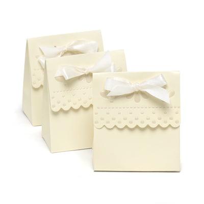 Scalloped Favor Box - Blank - Ivory