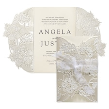 Luxury wedding invitations: Delicate Lace Invitation