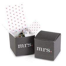 Mrs. and Mrs. with Hearts Box - Blank